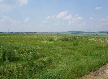 Na predaj stavebný pozemok vo Vyšnej Hutke - v novej časti,
