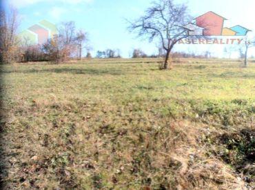 Rekreačný pozemok s krásnym výhľadom 7385m2,Moravské Lieskové-Šance