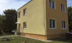 SUPER PONUKA pre investorov PREDAJ kompletná bytovka s 2x1izbovýmy bytmi a so 45 árovým stavebným pozemkom