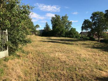 Stavebný pozemok 805m2 v obci Haláčovce