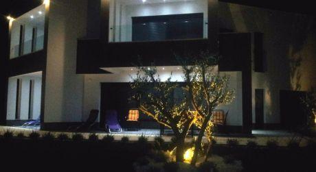 Apartmán s prekrásnym výhľadom,80 m od mora ostrov Pag