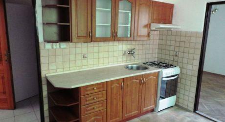 Predaj - Prerobený 1 izbový byt na VII. sídlisku v Komárne