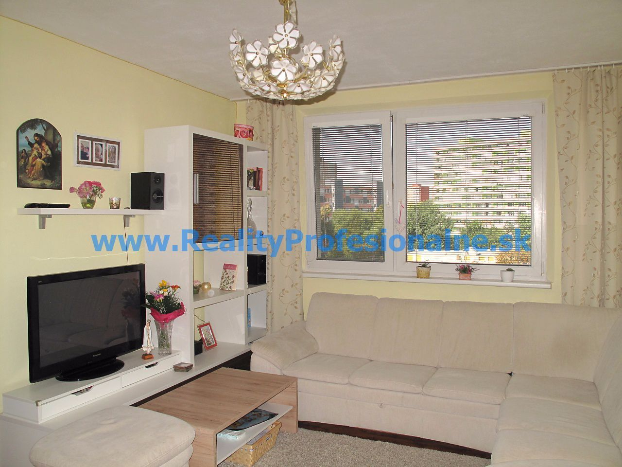 PREDANÉ ZA 8 DNÍ: Hľadáte 3 izbový byt v Petržalke pri Ovsišti?