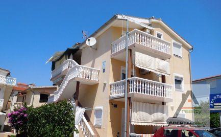 Prenájom  apartmánu pri pieskovej pláži v Chorvátsku pre 3 osoby