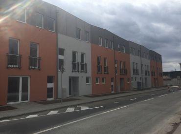 JJ Reality -  *Posledný* 3 - izb. byt s balkónom a park. státím v bytovom dome Štajnerka, Trnava