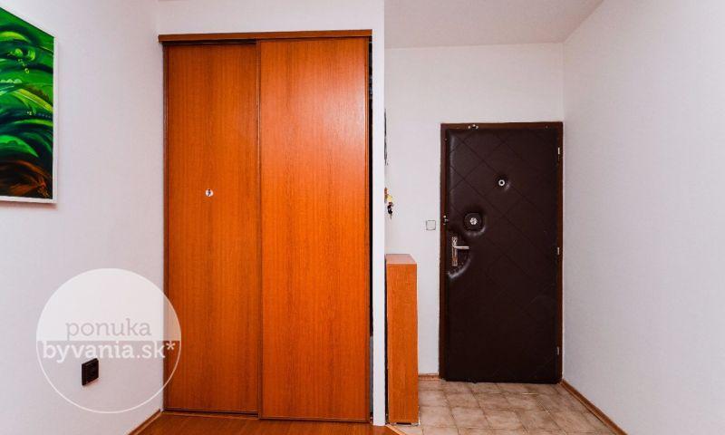 ponukabyvania.sk_Hany Meličkovej_3-izbový-byt_archív