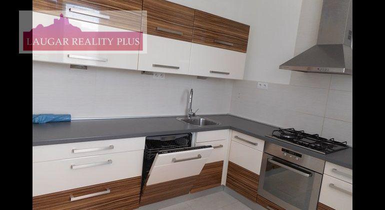 M. Bela, 3-izbový kompletne rekonštruovaný byt, 80 m2