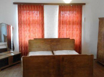 Predáme  gazdovský rodinný dom - Maďarsko - Encs