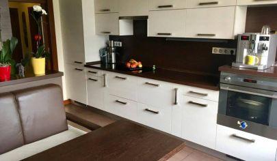 NITRA 3 izbový byt 84m2 Chrenová