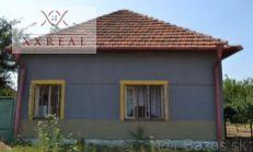 PREDAJ starší rodinný dom s veľkým pozemkom Veľký Cetín