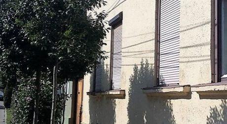 Predaj - meštiansky 3 izbový dom v pôvodnom stave v centre Komáromu