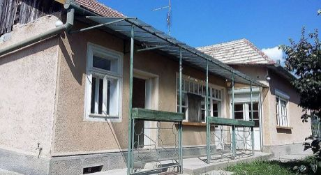 Predaj - 3 / 4 izbový dom v pôvodnom stave v Iži