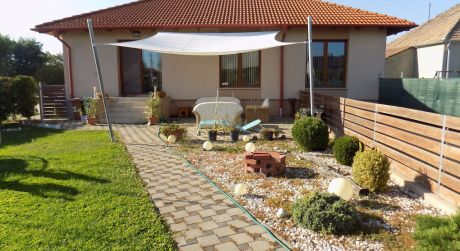 5 izbový dom v pohraničnej obci Levél