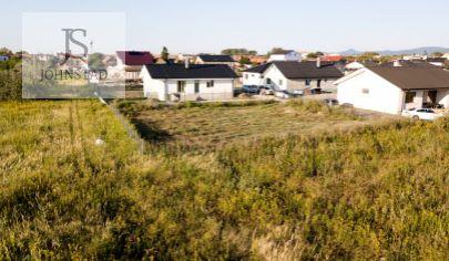 # stavebný pozemok # Zohor # zelená lokalita # nová zabývaná ulica