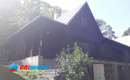 BN okres - Obec UHROVEC – časť STRIEBORNICA – horská CHATA – 4 – izbová / pod lesom