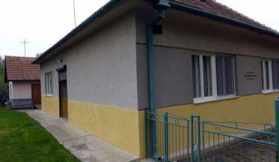 BOJNÁ, rodinný dom s domčekom, pozemok 523 m2, okr. Topoľčany