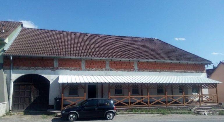 Predáme rodinný dom v obci Radošovce, vhodný aj na podnikanie