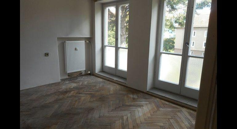 28. októbra, 3-izb. tehlový byt, 4 balkóny, 73 m2