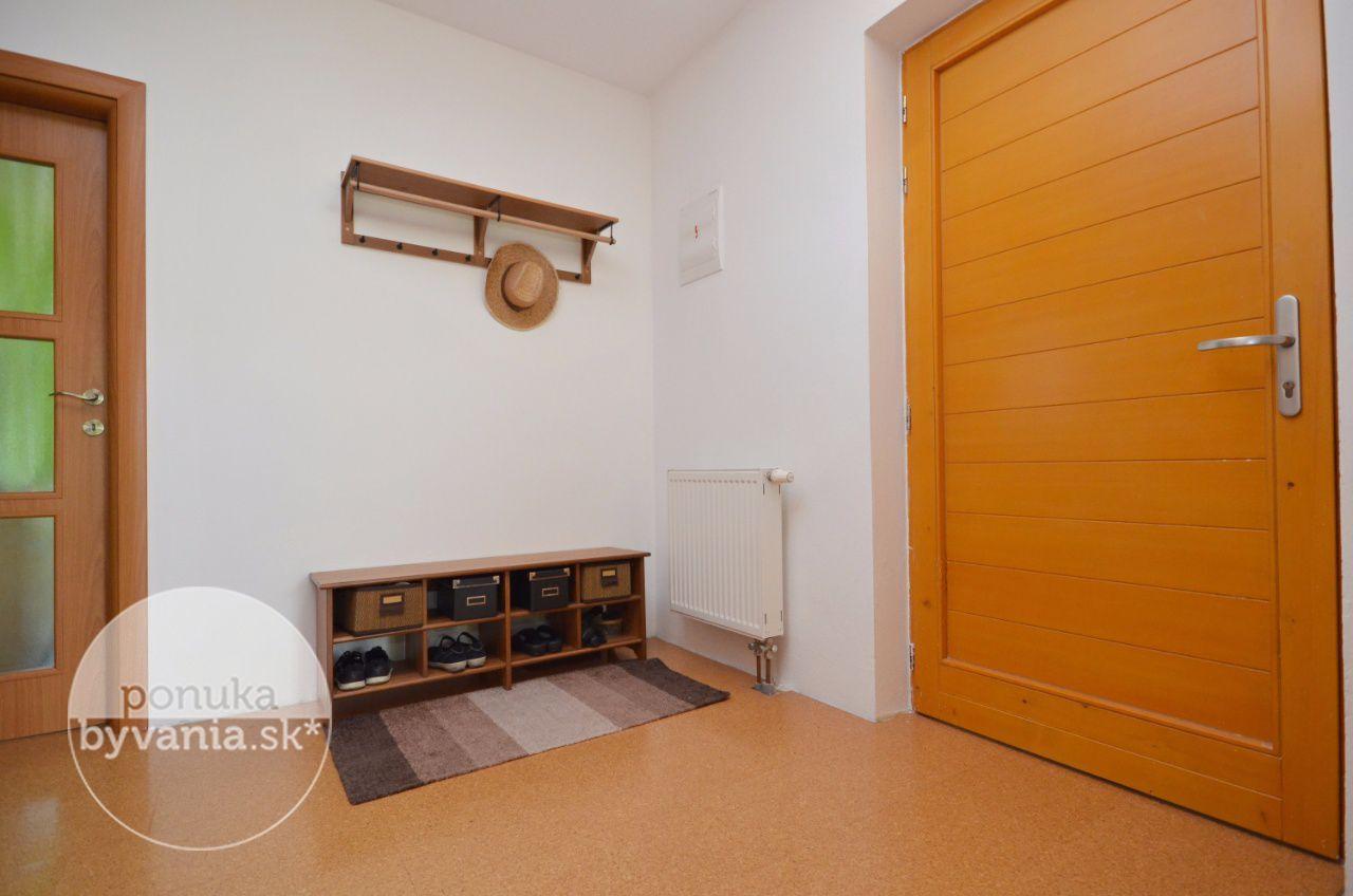 ponukabyvania.sk_Školská_3-izbový-byt_BARTA