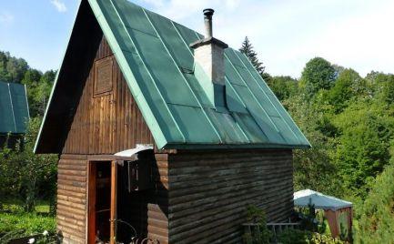 Útulná záhradná chatka, pozemok 350m2 - Valaská
