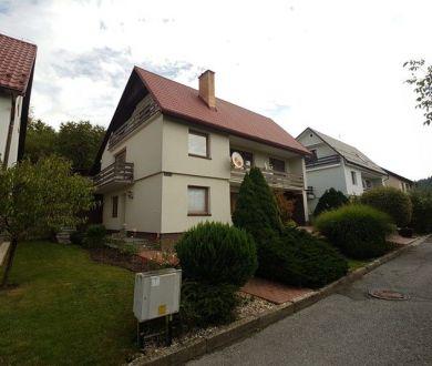 Exkluzívne iba u nás! Dvojgeneračný rodinný dom 290m2, Dedovec, Považská Bystrica