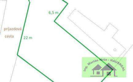 Pekný pozemok, 450 m2, Júr nad Hronom