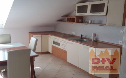 D+V real ponúka na prenájom: 3 izbový byt, Nekrasovova ulica, Bratislava I, Staré mesto, zariadený, bazén, sauna, záhrada, parkovanie