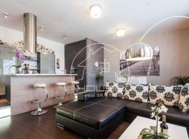 PREDAJ: 2 izbový byt, kompletne zariadený sparkovacím miestom, Mierová ulica, Bratislava II,  Ružinov, výmera 68m2