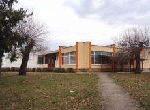 Budova služieb s pozemkami - Michalovce