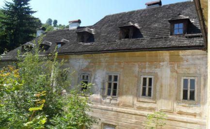 Predám časť historickej budovy v centre Banskej Štiavnici zaradenej v UNESCO.