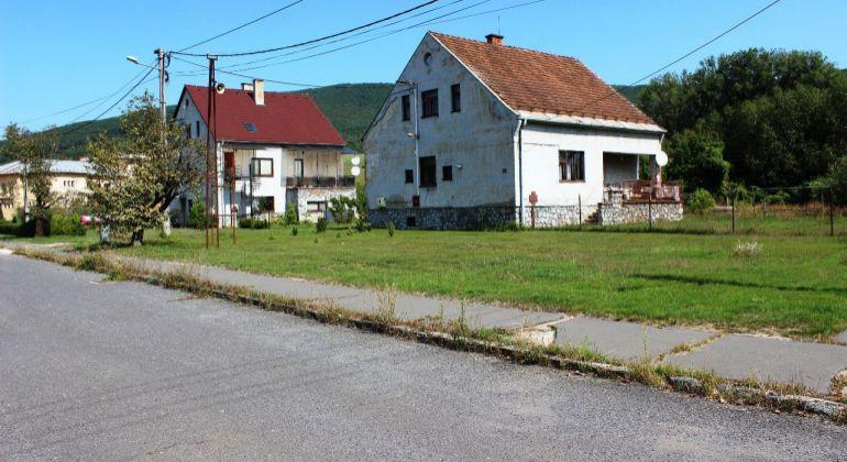 Predaj Rodinné domy Podrečany