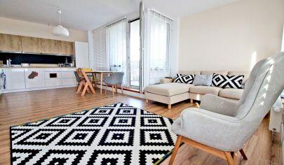 Krásny a moderný 3-izbový byt (76m2 + loggia 4m2)