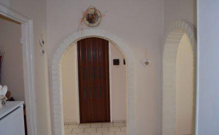 Ponúkame 3 izb. byt prerobený na 4 izbový