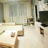 Priestranný 3-izbový byt v Modre, na Komenského ulici