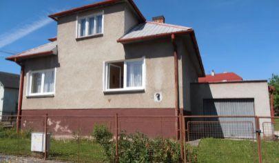 MARTIN 3 izbový rodinný dom s  garážou na pozemku 594 m2,mestská časť Podháj