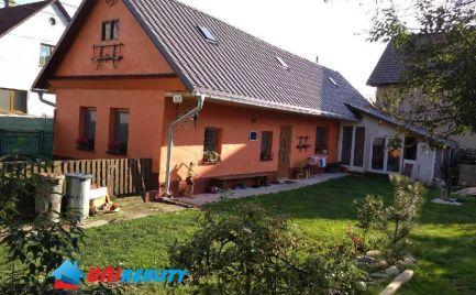 NOVÁ CENA  ---  DOM - Okres ILAVA - PRUSKÉ –  2 – izb. rod. dom / po rekonštrukcii / pekný pozemok 529 m2 / na trvalé a aj víkendové bývanie