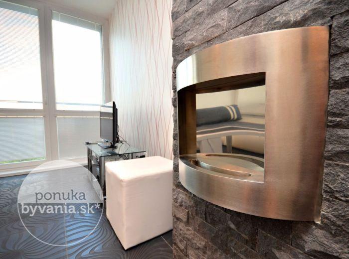 PREDANÉ - ZÁVODNÁ, 2-garsónka, 34 m2 – moderný dizajnový byt, novostavba DUOHAUSE, klimatizácia, BIOKRB, kompletne zariadený, parkovacie státie