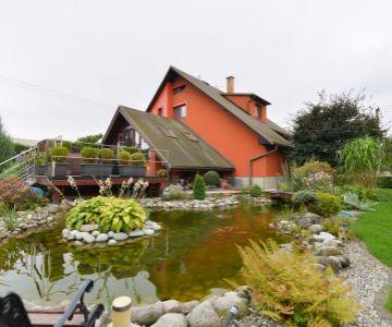 Veľkorysý rodinný dom s úžasným pozemkom v centre L.Mikuláša