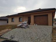 REALFINANC - 100% aktuálny! 4 izbový Rodinný Dom s garážou, Novostavba, zastavaná plocha 170 m2, pozemok 520 m2, Majcichov 8 km od Trnavy !
