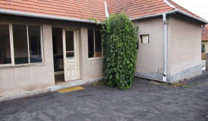 Červený Hrádok 5-izbový rodinný dom, pozemok 874m2, okr. Zlaté Moravce