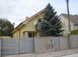 Devínska Nová Ves - pekný rodinný dom v tichej lokalite