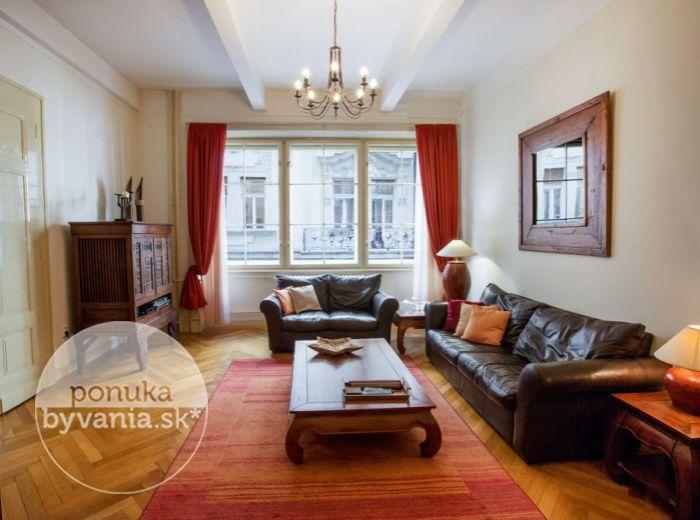 PRENAJATÉ - LAURINSKÁ, 2i byt, 68 m2 – lukratívna adresa, zariadený, kompletná rekonštrukcia, v srdci HISTORICKÉHO CENTRA Bratislavy, ihneď VOĽNÝ