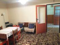 REALFINANC -5.-izb. rodinný dom s pekným pozemkom 1266m2, garáž, obec Radošovce