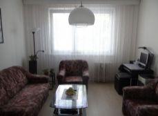 VÝHODNÁ CENA - NA PREDAJ slnečný, plnohodnotný 2 izbový byt, veľmi dobre situovaný, v tichom prostredí s bezproblémovým parkovaním – BA II – Podunajské Biskupice