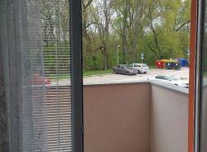 Predáme novostavbu 2-i bytu v tichom prostredí s 2 balkónmi a parkovacím státím v Kaplnej