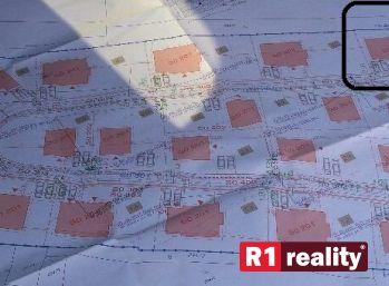 Stavebný pozemok 800 m2, všetky IS v obci Ivanovce