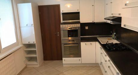 4 izbový byt na predaj v Nových Zámkoch.