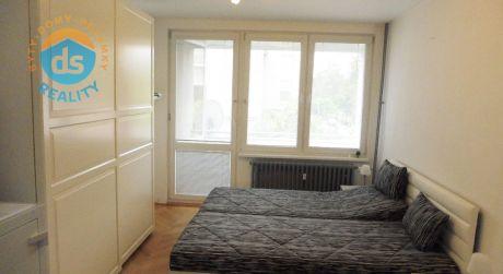 Na predaj tehlový zrekonštruovaný byt 2+1, 49 m2, Trenčín, ul.Jiráskova