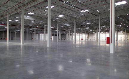 Skladový priestor na prenájom, 3600 m2, Senec