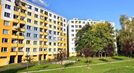 Predané! 2 izbový zrekonštruovaný byt, Solinky